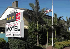 Flying Spur Motel - Townsville Tourism