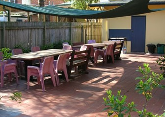 Manly Bunkhouse - Townsville Tourism