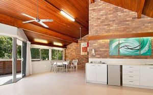 Glen Eden Beach Resort - Townsville Tourism