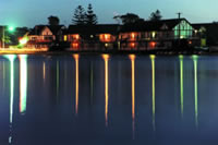 Clan Lakeside Lodge - Townsville Tourism