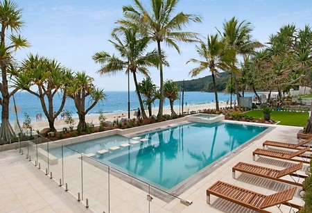 Fairshore Beachfront Apartments - Townsville Tourism