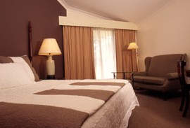 Tallawanta Lodge - Townsville Tourism