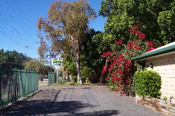 Darling River Motel - Townsville Tourism