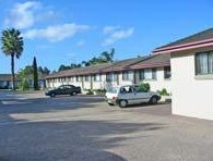 Hanging Rock Family Motel - Townsville Tourism