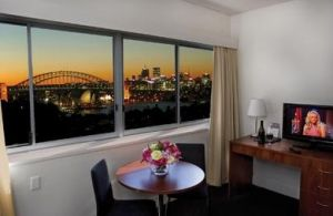 Macleay Serviced Apartment Hotel - Townsville Tourism