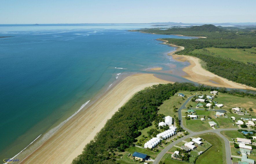 SeaEagles Beach Resort - Townsville Tourism