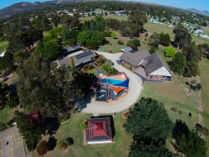 Greenvale Holiday Units - Townsville Tourism