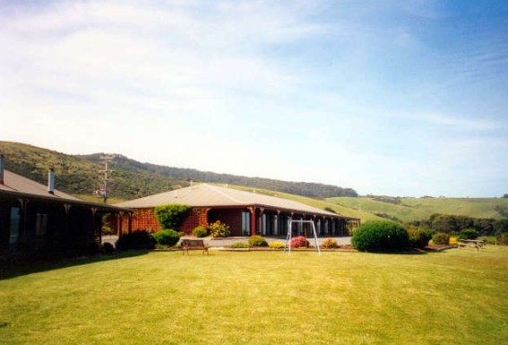 Skenes Creek Lodge Motel - Townsville Tourism