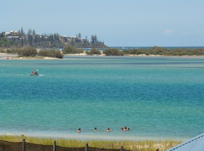 Caloundra Holiday Centre - Townsville Tourism