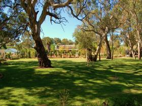 Jacobs Creek Retreat at Moorooroo Park - Townsville Tourism