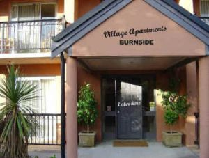 Village Apartments - Townsville Tourism