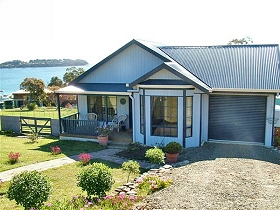 Bruny Island Accommodation Services - Omaroo Cottage - Townsville Tourism