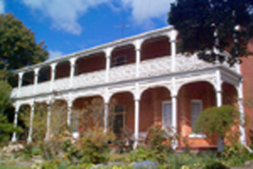 Glen Osborne House - Townsville Tourism