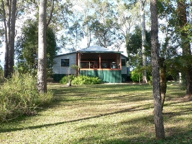 Bushland Cottages and Lodge - Townsville Tourism