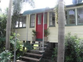 The Red Ginger Bungalow - Townsville Tourism