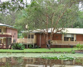Poppies Bed and Breakfast - Townsville Tourism