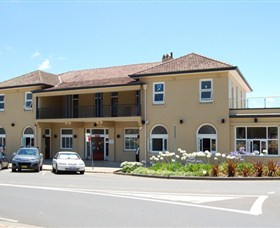 The Huskisson on Jervis Bay - Townsville Tourism