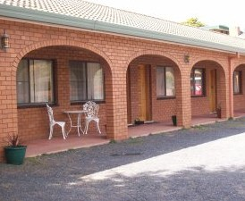 Cooma Country Club Motor Inn - Townsville Tourism