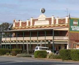 Commercial Hotel Barellan - Townsville Tourism