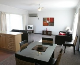 Barham Golden Rivers Holiday Apartments - Townsville Tourism