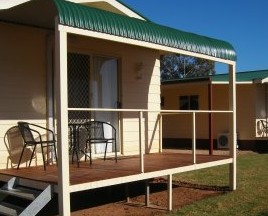 Kames Cottages - Townsville Tourism