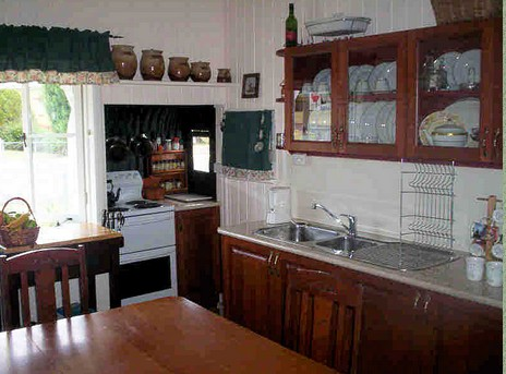 Dillons Cottage - Townsville Tourism
