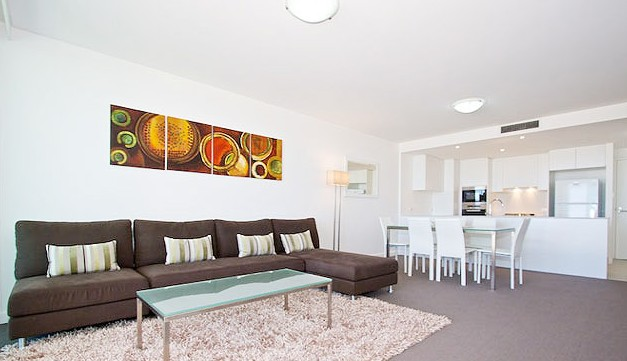 Kirra Surf Apartments - Townsville Tourism
