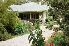 Locheilan Bed and Breakfast - Townsville Tourism