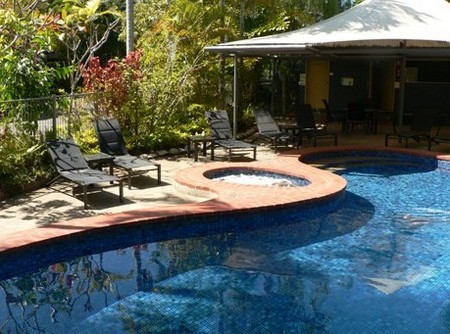 At The Mango Tree Holiday Apartments - Townsville Tourism