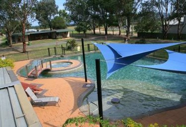 Valley Vineyard Tourist Park - Townsville Tourism