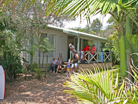 One Mile Beach Holiday Park - Townsville Tourism