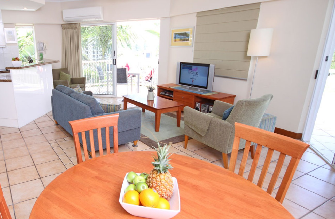 Coolum Seaside Apartments - Townsville Tourism