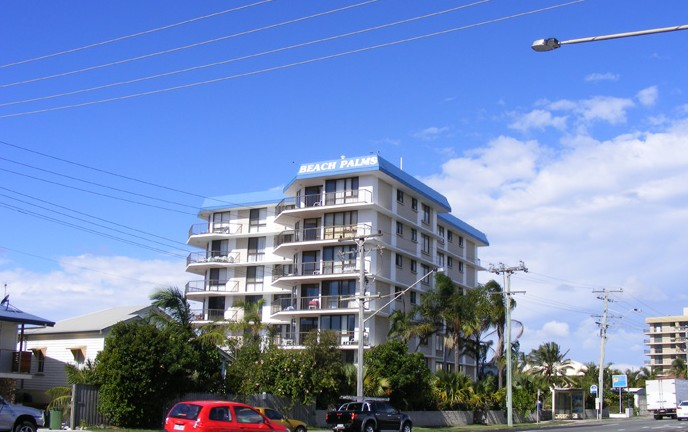 Beach Palms Holiday Apartments - Townsville Tourism