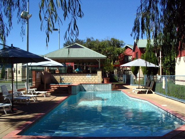 Amalfi Resort - Townsville Tourism