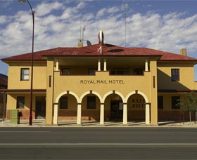 Royal Mail Hotel Jerilderie - Townsville Tourism