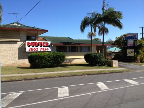 Aspley Sunset Motel - Townsville Tourism
