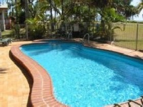 Kinka Palms Beach Front Apartments/Motel - Townsville Tourism