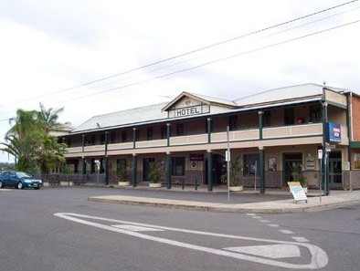 Crown Hotel Motel - Townsville Tourism