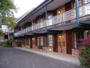 Montville Mountain Inn - Townsville Tourism