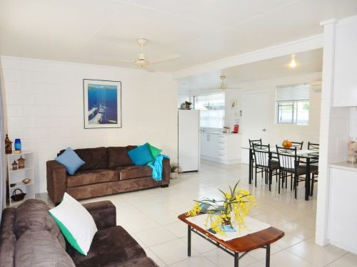 Lucinda Holiday Rentals  - Townsville Tourism