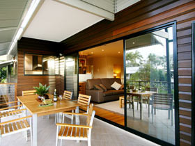 Sereno Luxury Villas - Townsville Tourism
