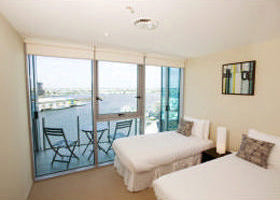 Docklands Apartments Grand Mercure - Townsville Tourism