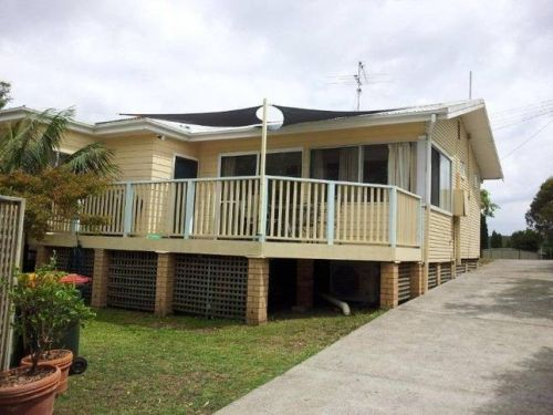 The Brightwaters Cottage - Townsville Tourism