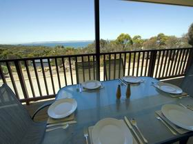 American River Water View Cottage - Townsville Tourism