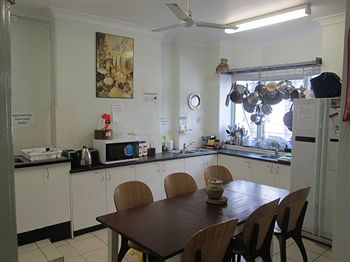 Casa Central Accommodation - Hostel - Townsville Tourism