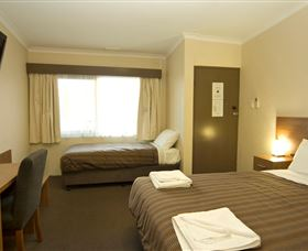 Seabrook Hotel Motel - Townsville Tourism