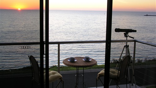 Clifftop Accommodation Portland Victoria - Townsville Tourism
