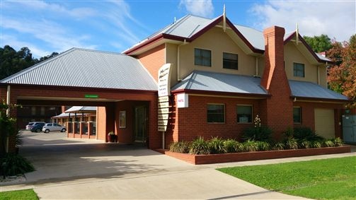 Murray Waters Motor Inn  Apartments - Townsville Tourism