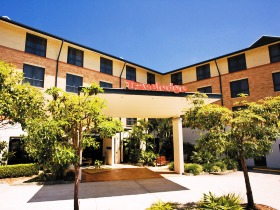 Travelodge Hotel Garden City Brisbane - Townsville Tourism