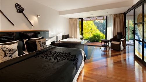 Springs Spa Villa - Townsville Tourism
